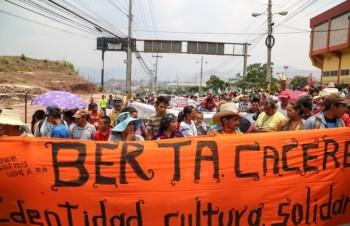 Enc-Int-Berta-Cáceres-620x400